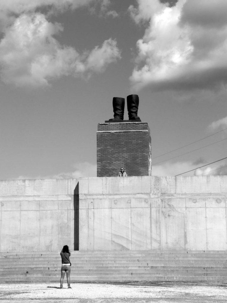 memento park budapeszt buty stalina muzeum rzezb komunistycznych muzeum w budapeszcie