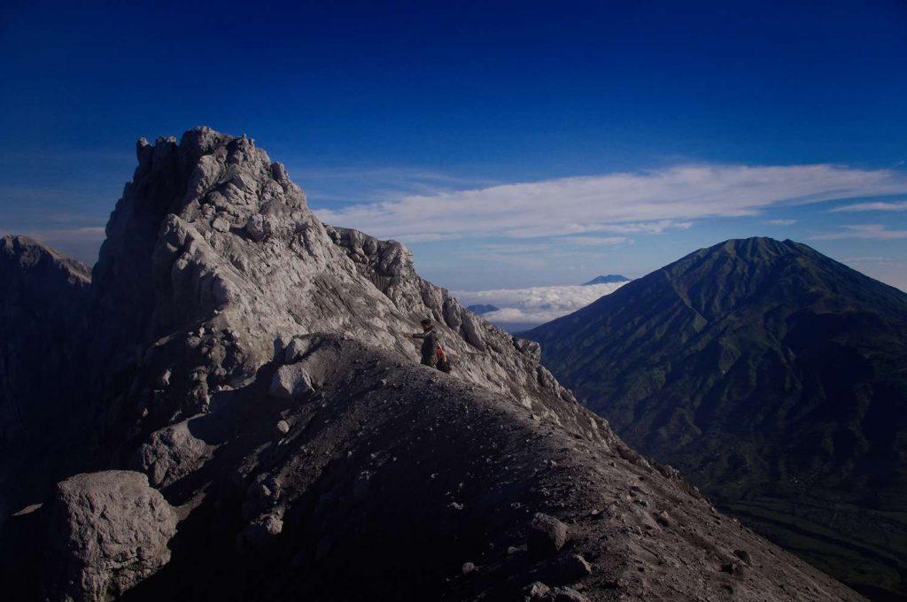 Merapi trekking an merapi widok ze szczytu