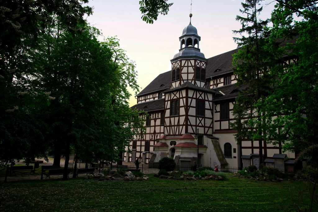 kościół pokoju jawor drewniany ewangelicki kościół dolny śląsk