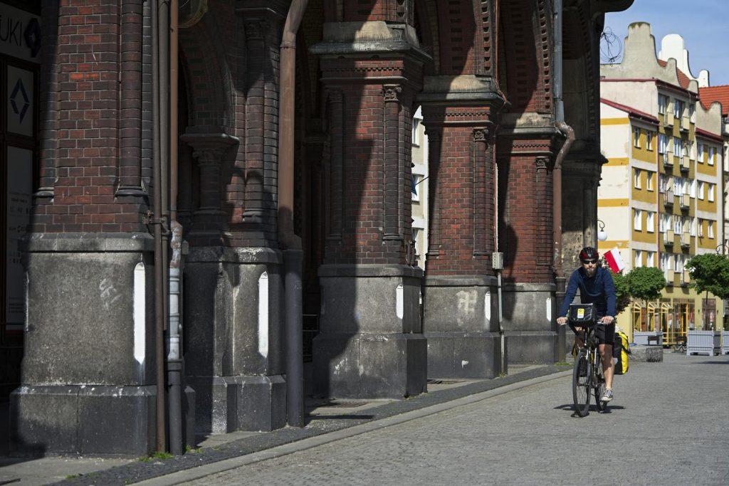 legnica rynek rower sukiennice kamienice w legnicy