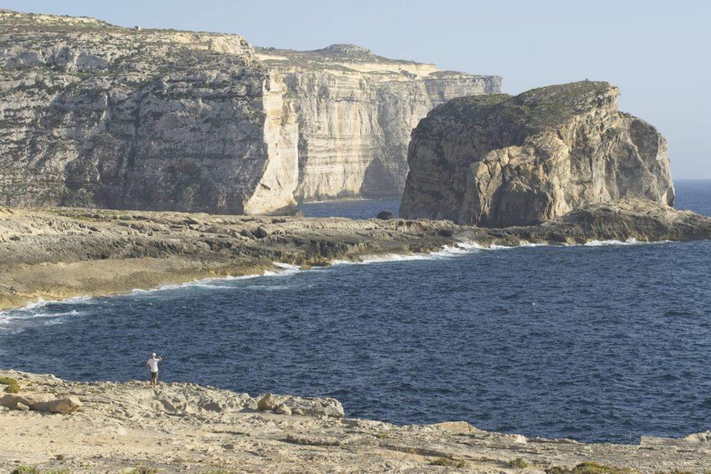 gozo klify zachodnie wybrzeze gdzie bylo azure window wakacje na malcie co zobaczyc na malcie i gozo