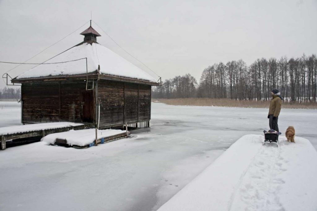 czerwony folwark baza rybacka chata lodowa na czarnej hańczy
