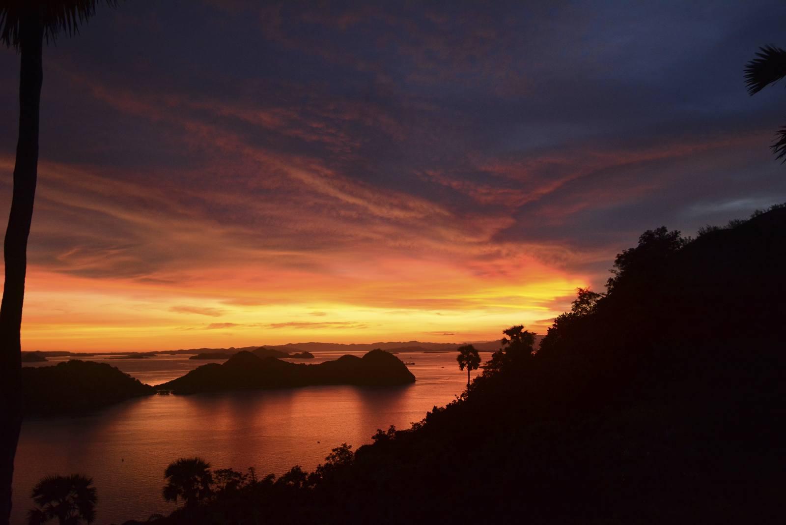 labuanbajo port archipelag wysp komodo wycieczka na wyspe komodo