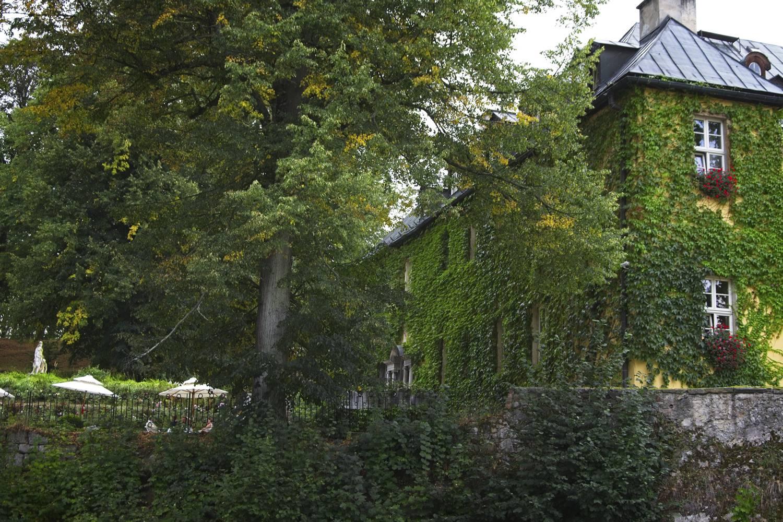 palac staniszow dolina palacow i ogrodow palace i zamki jelenia gora atrakcje dolny slask