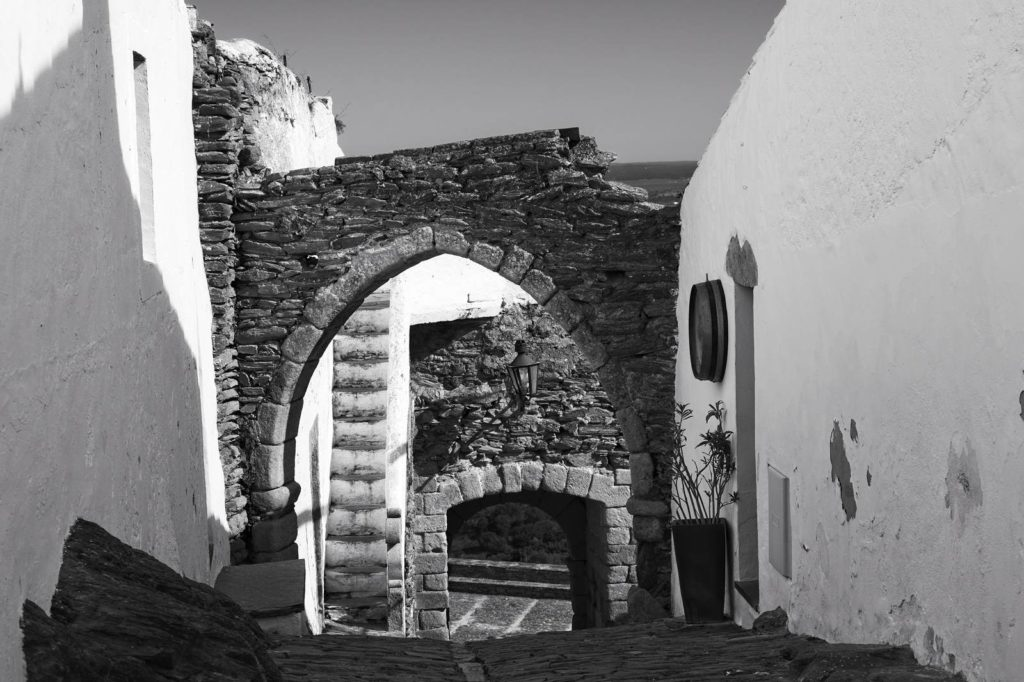 fajne miejsce portugalia alentejo monsaraz sredniowieczne miasto co zobaczyc w monsaraz