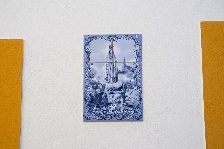 niebieskie kafelki portugalia azulejos male miejscowosci w portugalii