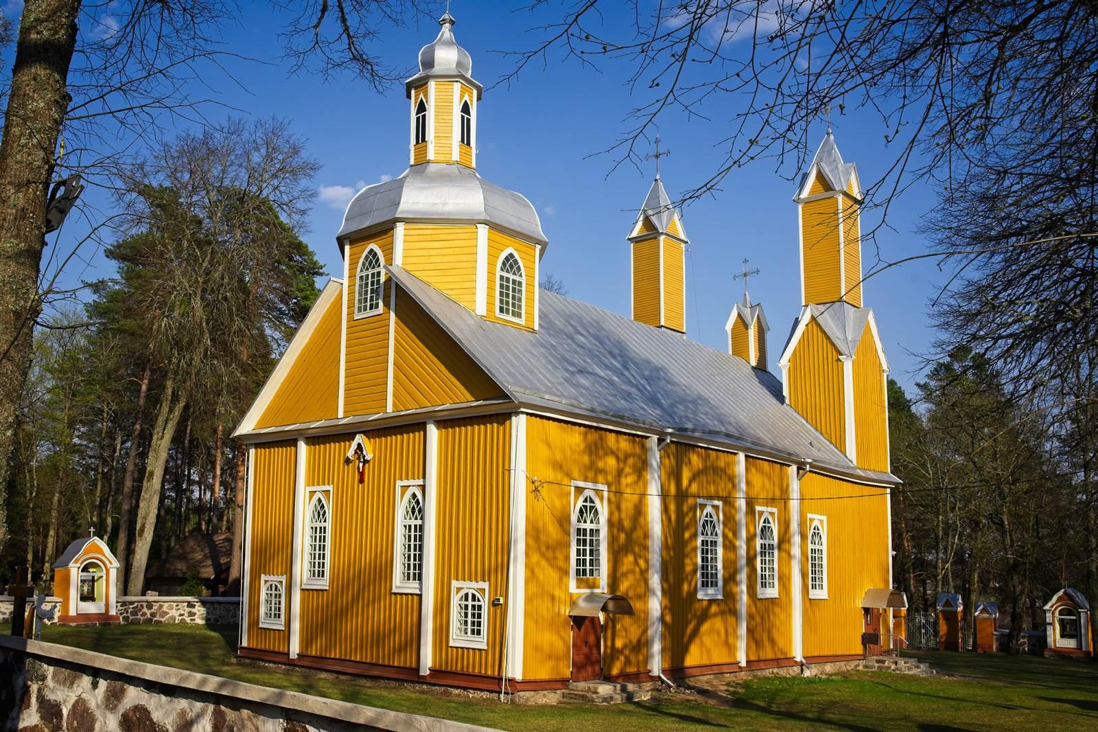 Marcinkonių kosciol litwa dzukijski park narodowy
