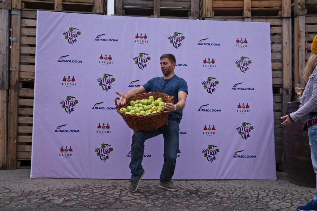 moldawia winnica wine tasting degustacje wina winnica asconi festiwal wina