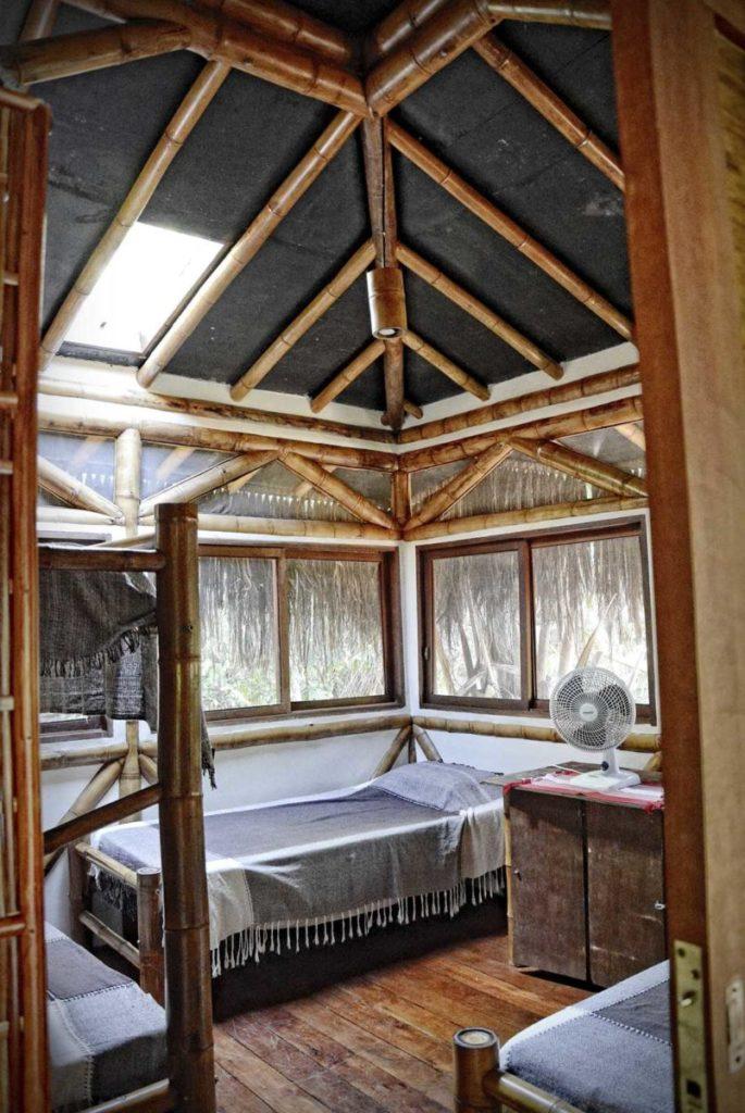 jak się przygotować na wyjazd w tropiki ochrona przed komarami