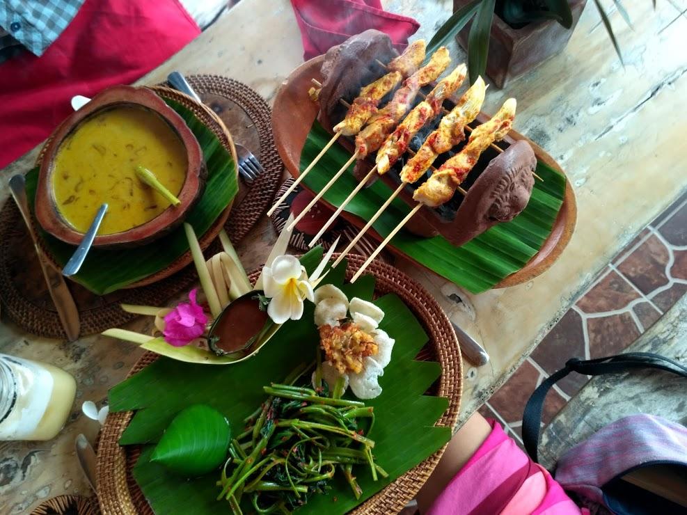 indonezyjskie jedzenie dlaczego warto jesc pikantne rzeczy w tropikach