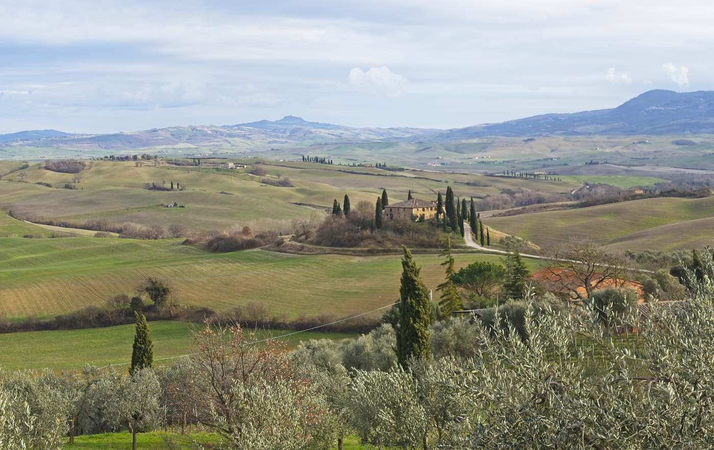 val d orcia w lutym toskania pogoda w lutym wczesna wiosna we włoszech