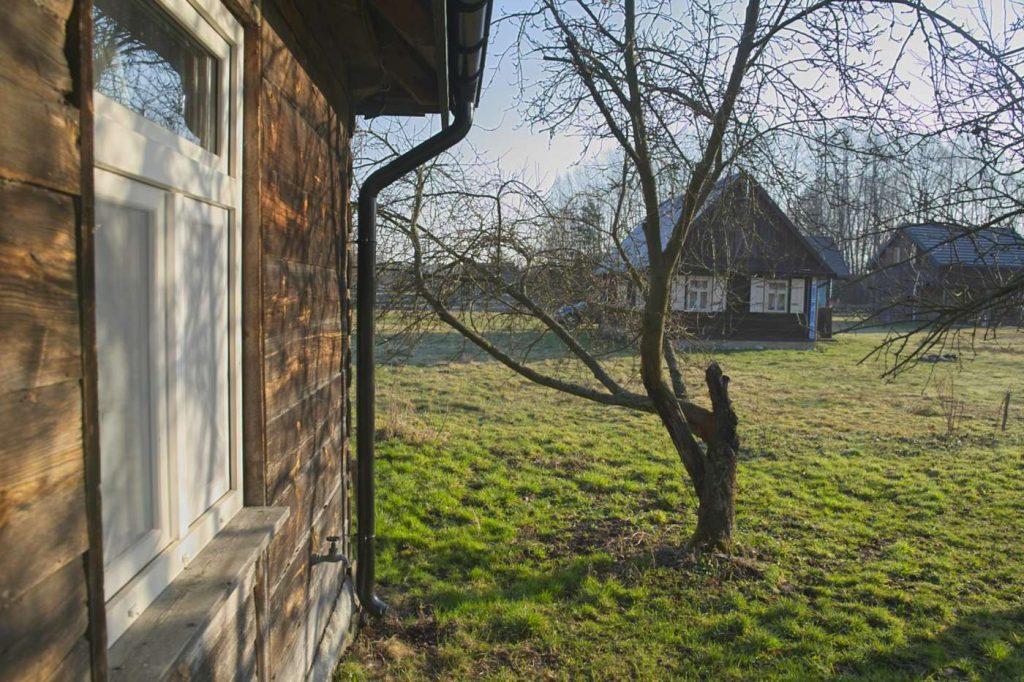 drewniany domek na wynajem pod warszawa tocznabiel kurpiowska chata