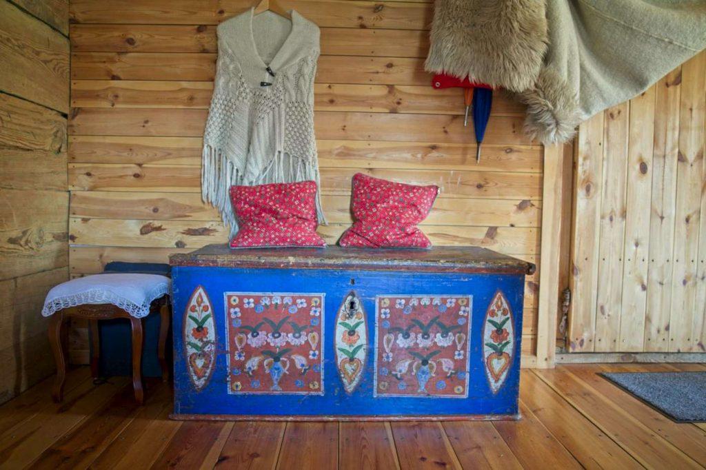 kurpiowska chata do wynajecia blisko warszawy tocznabiel
